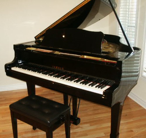 Yamaha grand baby grand pianos for sale toronto for Used yamaha pianos for sale