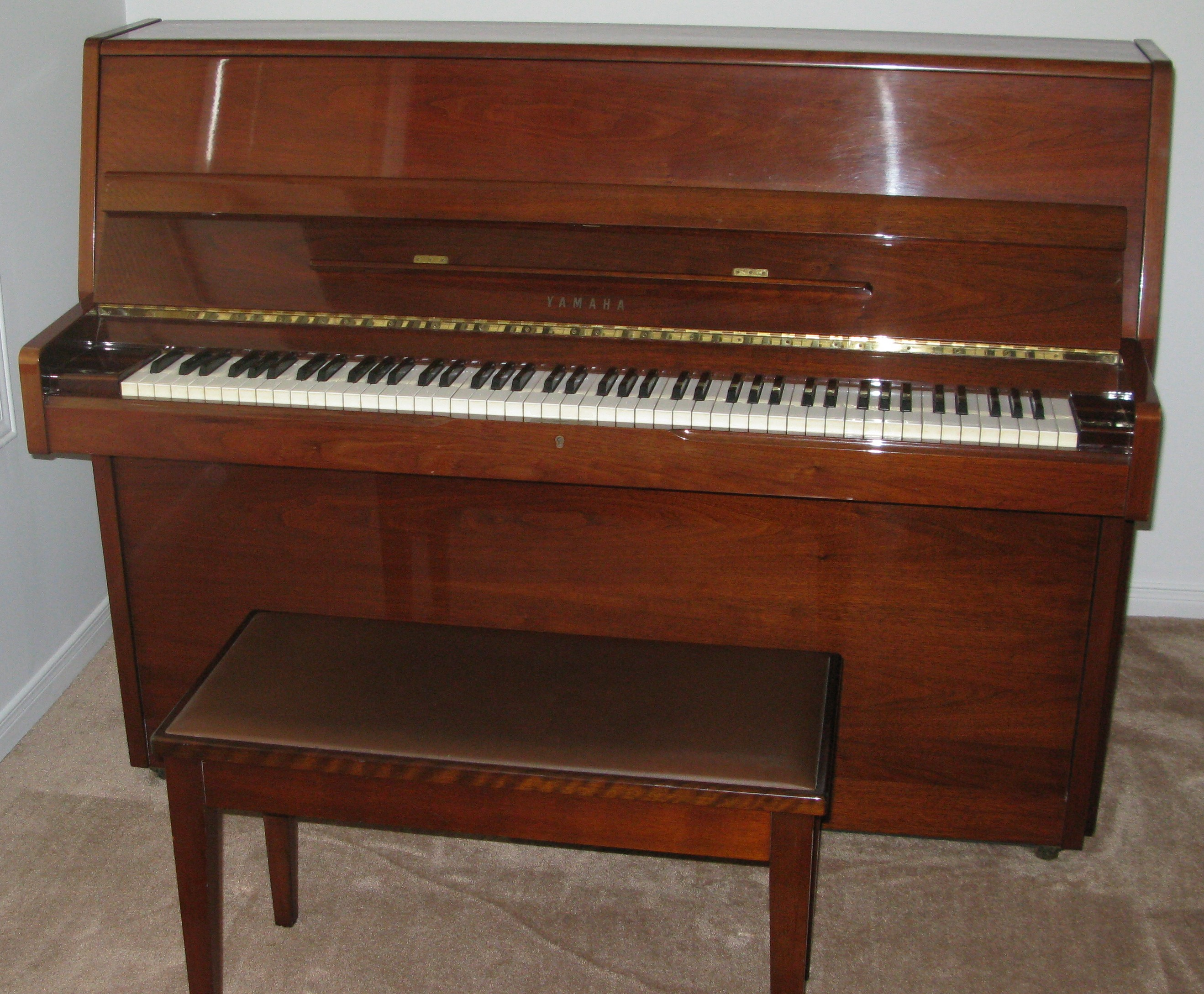 yamaha p2 studio upright piano for sale toronto