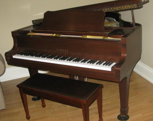 Yamaha g2 grand piano for sale toronto for Yamaha c2 piano for sale